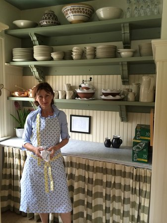 The Pebble Bed & Breakfast: Wonderful hostess Liz