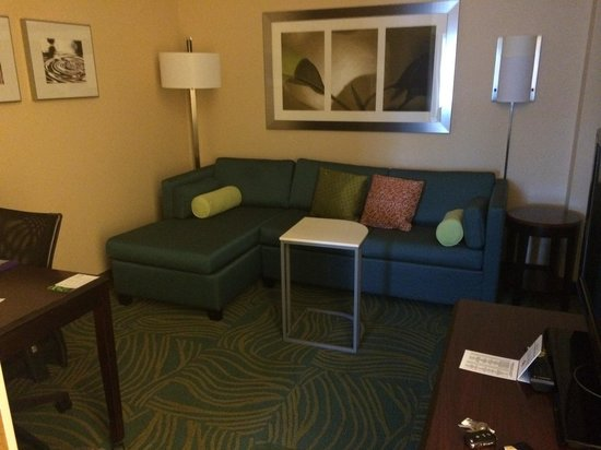 SpringHill Suites Annapolis: Cute sitting area! All very clean!!
