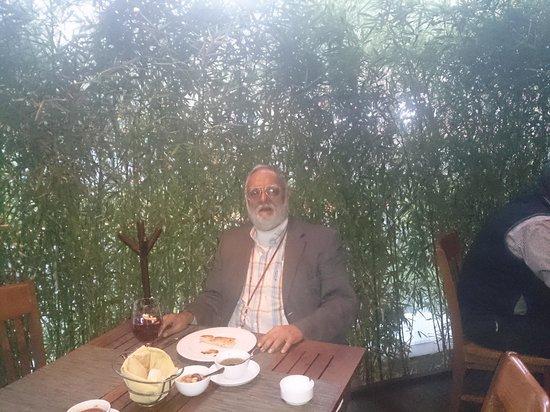 Rincon Argentino: Jabo disfrutando bife de chorizo