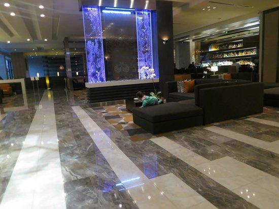 EB Hotel Miami Airport: Lobby