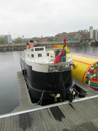 Albert Dock : The Half Titanic Mini Cruise Ship