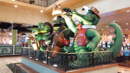 "The Orleans Hotel & Casino: ""Gator band"""