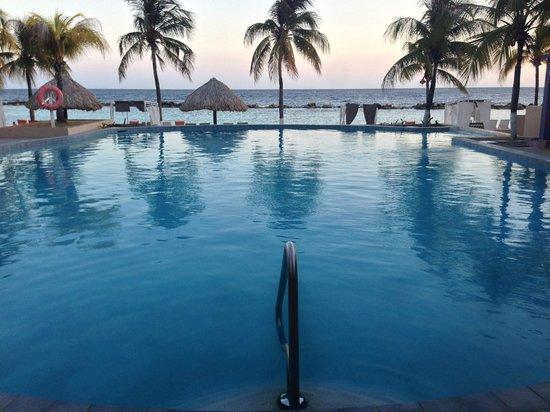 Sunscape Curacao Resort Spa & Casino : pool