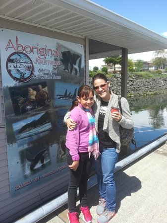 Aboriginal Journeys Wildlife and Adventure Tours: Victoria and I