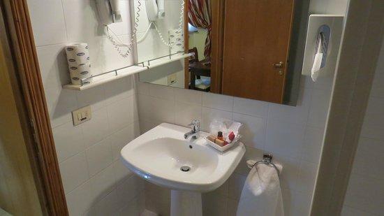 Hotel le Volpaie - banheiro