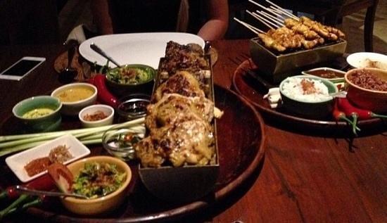 Bumbu Bali : coconut Chicken, BBQ ribs & Satay Chicken