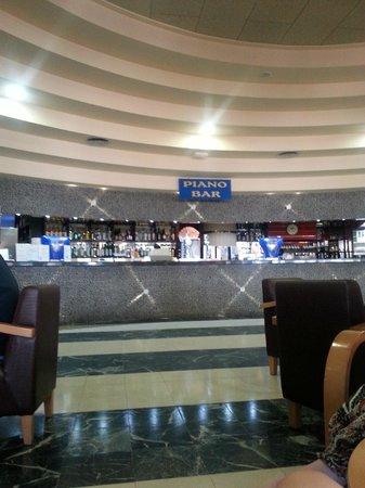Marconfort Beach Club Hotel: Piano Bar