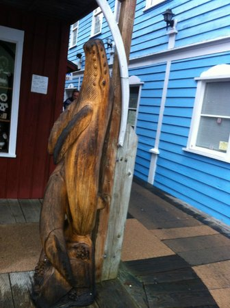 Creek Street: Wooden Carving of Whale