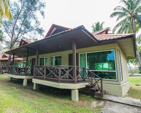 Raintree Beach Resort Tuaran Sabah