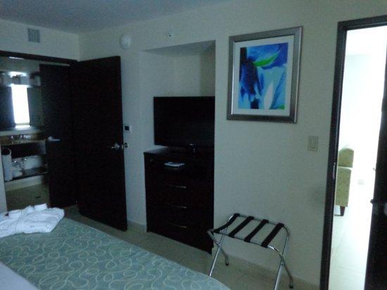 DoubleTree By Hilton Panama City: bedroom 3
