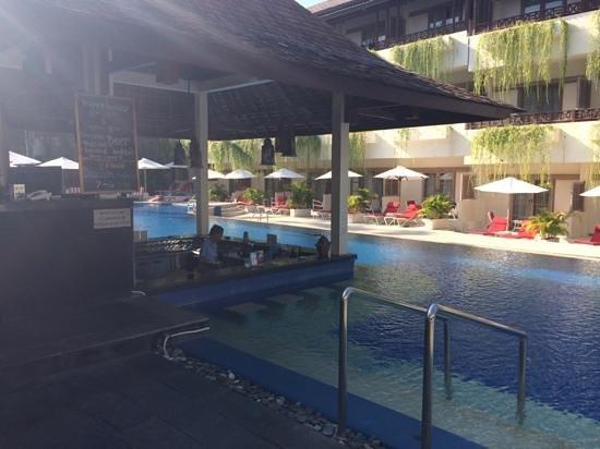 The Breezes Bali Resort & Spa : main pool