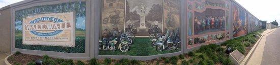 Floodwall Murals: The Second Mural