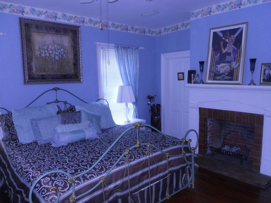 Goodbread Inn Bed and Breakfast : Our Room