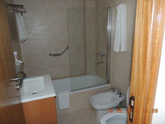 Hotel Tres Reyes: banheiro