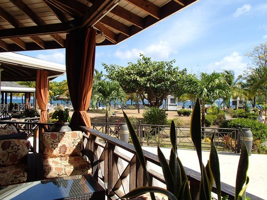 Coyaba Beach Resort: Restaurant