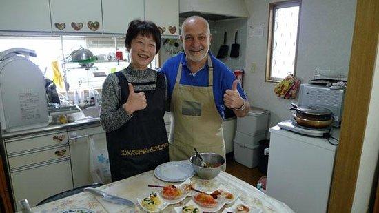 Japanese Cooking Experience with Yoshiko : Martin&Juan AT Apr.2014