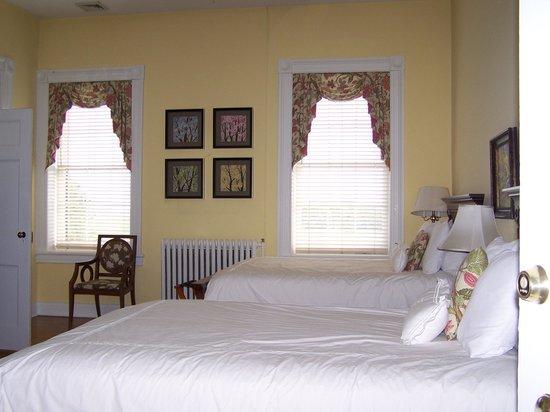 The Marriott Ranch Bed and Breakfast: bedroom