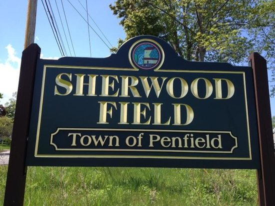 Penfield, Estado de Nueva York: Sherwood Field Park - sign