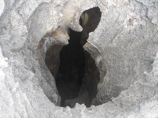 La Cueva del Indio: huecos