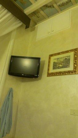 Hotel Navona: TV