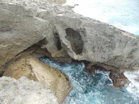 La Cueva del Indio: acantilado