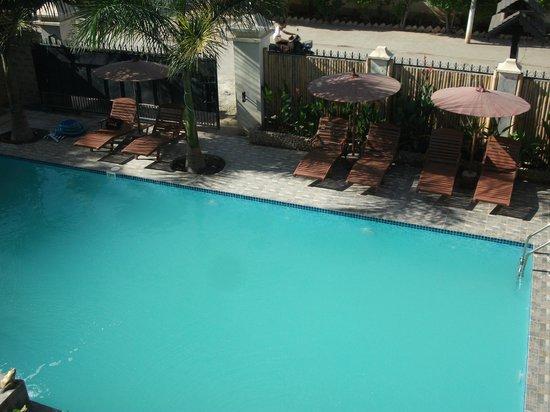 Mingalar Inn : Junior suite room type with swimming pool