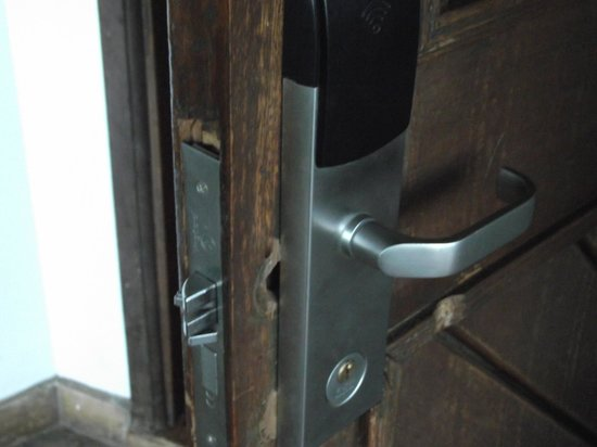 Safari Park Hotel: A new lock was fitted but leaving a gaping hole wasn't very professional, seen also at other doo