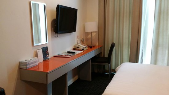 Abell Hotel : LCD TV in room, Free Wifi in room too