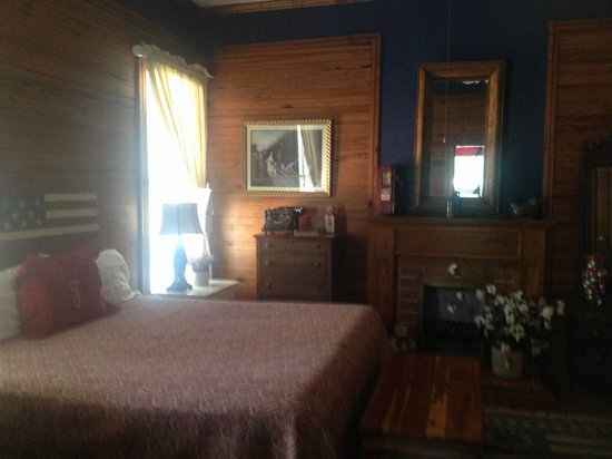 Fairview Inn Bed & Breakfast : Patriot Room - Beautiful!