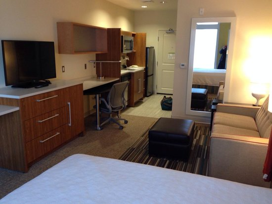 Home2 Suites by Hilton Denver West - Federal Center: Extended stay amenities