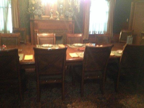 Fairview Inn Bed & Breakfast : Dining Room