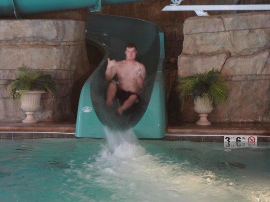 Welk Resort Branson: The waterslide was really fun!