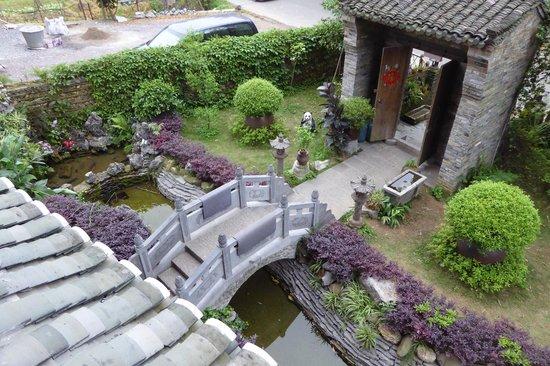 Entry to Yangshuo Tea Cozy