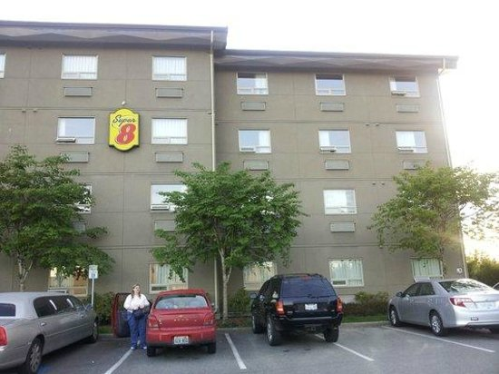 Comfort Inn & Suites: Super 8