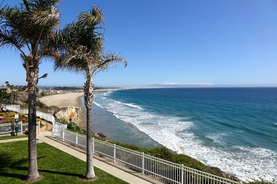 Pismo Lighthouse Suites: Our view