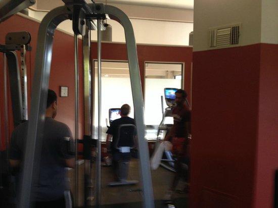 DoubleTree by Hilton Hotel Sacramento : Gym