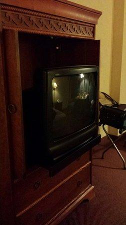 Isle Casino Hotel Bettendorf: Old, old TV!