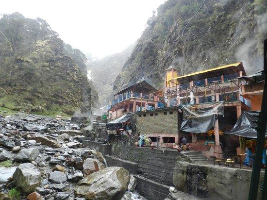 Yamunotri Temple : Yamuna river