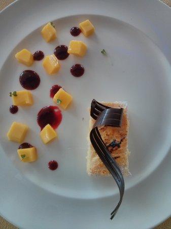 Anantara Riverside Bangkok Resort: Amazing food