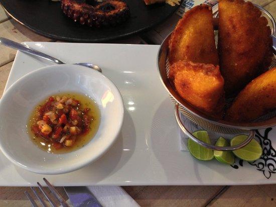 El Boliche Cebicheria: Crab empanadas / empanadas de jaiba