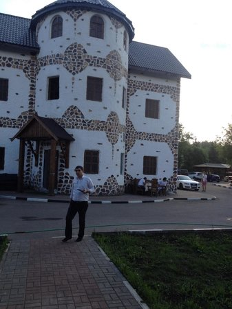yahroma Dvorik: Основное здание ресторана