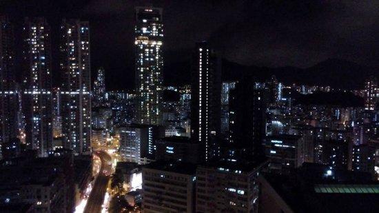 Dorsett Mongkok Hong Kong: Night view from room