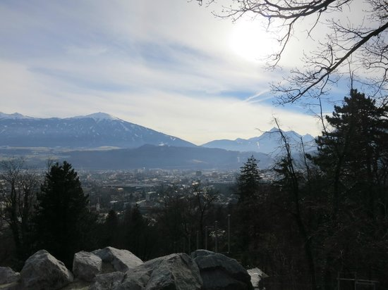 Alpenzoo: Город как на ладони