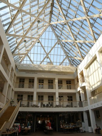 Musée national : National Museum