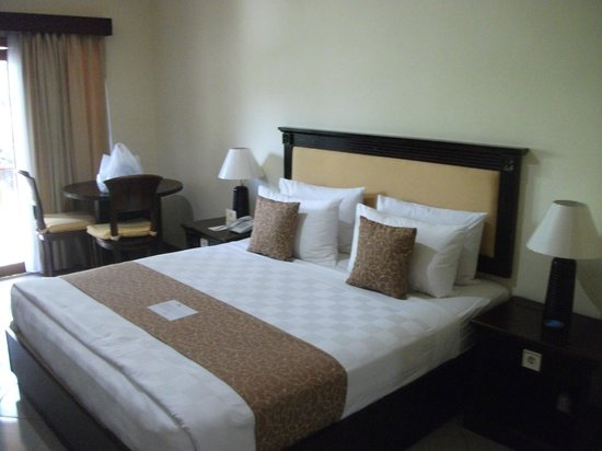 Karma Royal Sanur: Nice hard bed