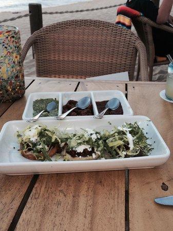 Hacienda Cocina y Cantina : Sopes