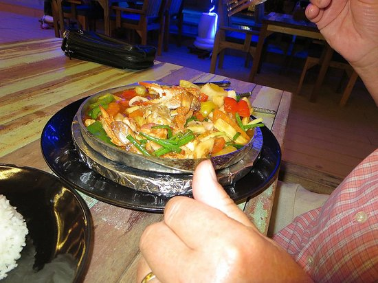 Crystal Bay Beach Resort: seafood with vegetables