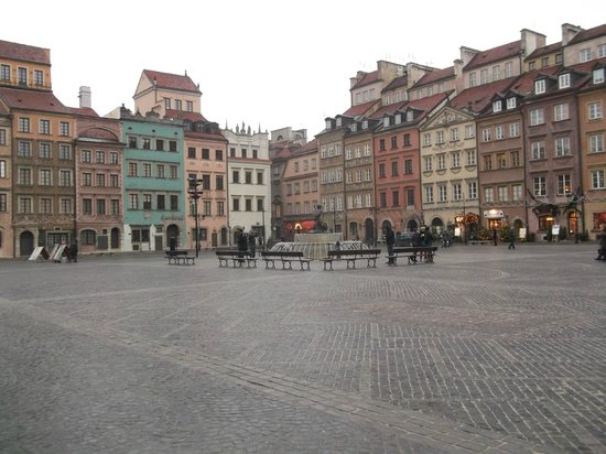 Place du marché de la vieille ville (Rynek Starego Miasta) : Площадь