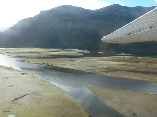 Wings & Water: Low tide at Dusky Sound