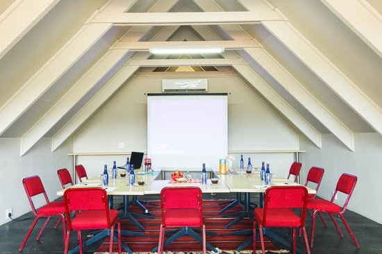 Modimolle Funky Stay: Conference room